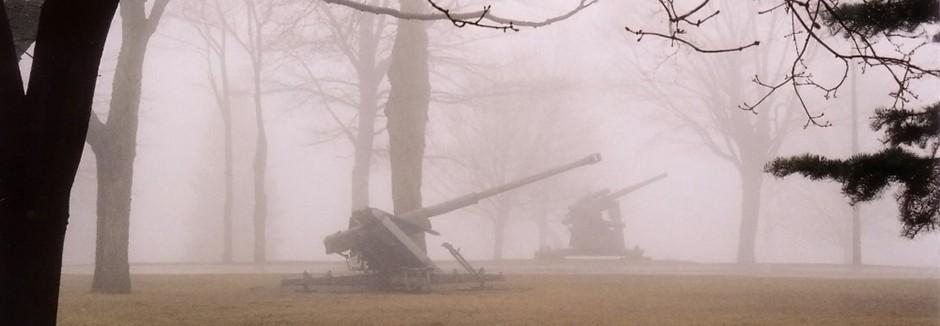 المخيمات الدفاعية و العسكرية